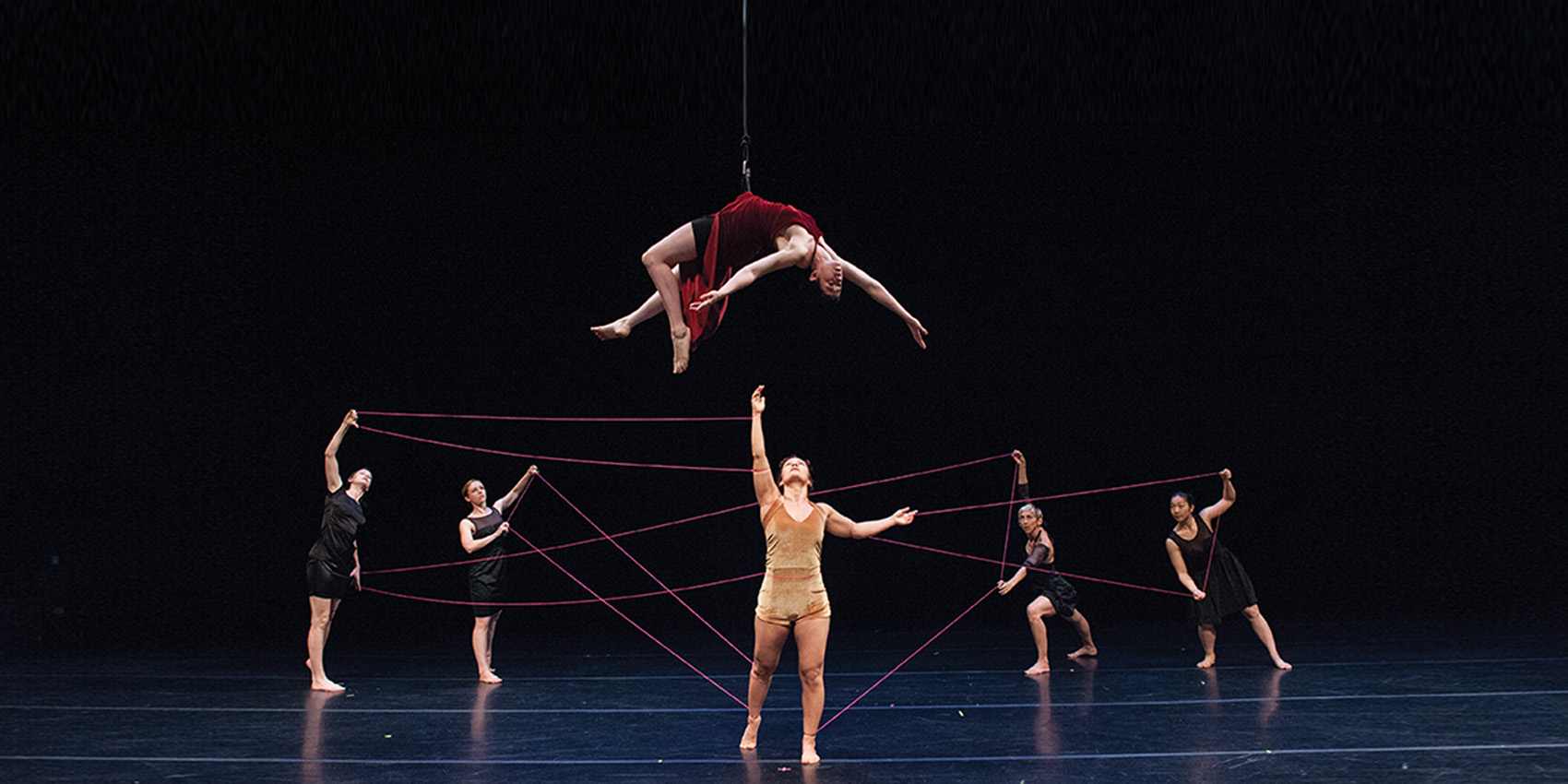 Bandaloop Performs Strings