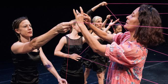 Amelia Rudolph works with BANDALOOP on stage