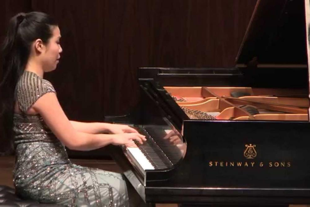 pianist_joyce_yang_performs_the_third_movement_of_rachmaninoffs_sonata_in_b-flat_minor_op._36