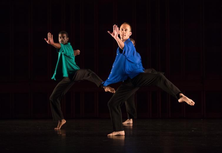 Mark Morris Dance Group: Numerator (photo ©Christopher Duggan)